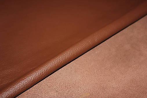 Exkluzívna koža - hnedá