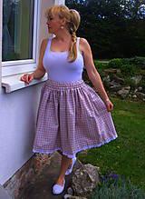 Károvaná sukňa
