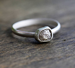 Prstene - Prsteň se surovým diamantom - 6711647_