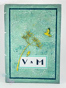 Papiernictvo - Kniha hostí zelenkavá s lúčnymi kvetmi a vtáčikmi inšpirovaná Art Deco - 6711863_