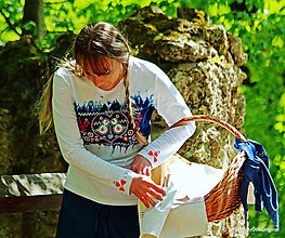 Tričká - Dámske tričko batikované, maľované, folk ČÍŽIČEK - 6721099_