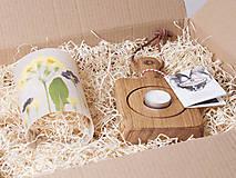Svietidlá a sviečky - Robustus Svietnik s kvetinovým tienidlom - jarné kvietky - 6722754_