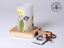 Svietidlá a sviečky - Robustus Svietnik s kvetinovým tienidlom - jarné kvietky - 6722762_