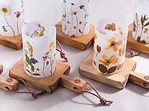 Svietidlá a sviečky - Robustus Svietnik s kvetinovým tienidlom - jarné kvietky - 6723098_