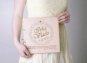 Papiernictvo - Svadobná kniha hostí, drevo a papier - 6725423_
