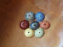 Materiál ručne robený - Keramické kolečko / keramická houbička - s otvorem - 6731134_