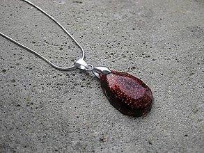 Náhrdelníky - Živicová  slza farebná (Živicová trblietavá slza červená menšia- náhrdelník č.438) - 6730296_