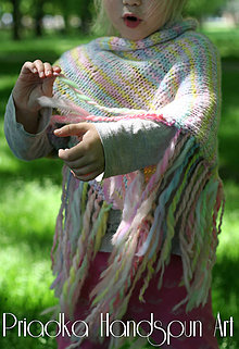 Detské oblečenie - Svetrík-pončo z ručne pradenej merino vlny - indiánske - 6734740_