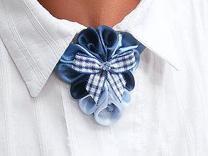 Náhrdelníky - Elegancia a la Chanel - modrý náhrdelník s károvanou mašľou - 6735739_