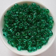Korálky - Rokajl 4mm pravidelný-TRANSP-10g (zel.smaragd) - 6737985_