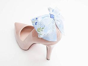 23418f6862c3 Korenie Vášho outfitu - Safron Klipy (brošne) na topánky Mašličkové ...