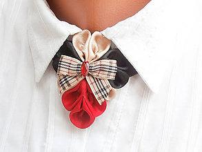 Náhrdelníky - Elegancia a la Chanel - červenočierny náhrdelník s károvanou mašľou - 6740613_