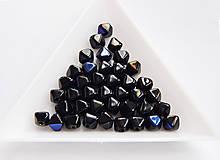 Korálky - Lucerny(pyramídky) 23980/22203 - Jet Azuro, 6mm, bal.40ks - 6738996_