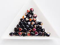 Korálky - Lucerny(pyramídky) 23980/29500 - Jet Sliperit, 6mm, bal.40ks - 6739013_