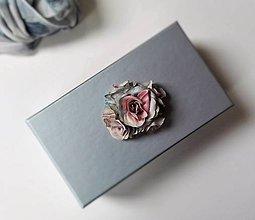 Krabičky - Darčeková krabička S ružičkami šedá. - 6757918_
