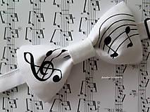 Doplnky - pánsky motýlik s notami - Nájdem si ja muzikanta takého  - 6758063_