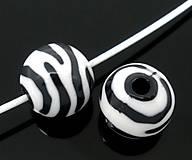 Korálky - Plastové korálky zebra 12mm - 6760439_