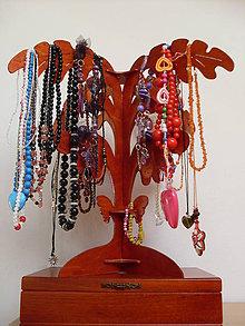 Pomôcky - Stojan na náhrdelníky a bižutériu 4 lístkový - typ A - 6757711_