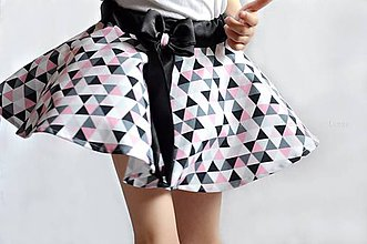 Detské oblečenie - Letná sukňa -točivá TRIANGLE PINK - 6763322_