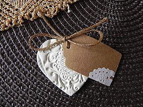 Darčeky pre svadobčanov - Svadobné srdiečko - tkané zlatou niťou - 6765314_