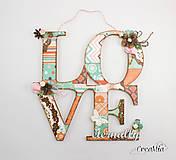 Dekorácie - LOVE eternally - nápis na zavesenie oranžovo-hnedo-tyrkysový - 6774628_
