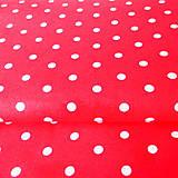 červeno-biele bodky; 100 % bavlna, šírka 160 cm, cena za 0,5 m