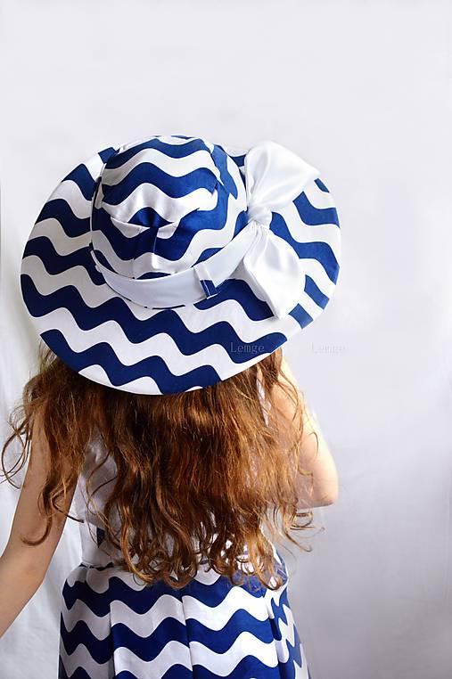 Dámsky klobúk Vlny   lemge - SAShE.sk - Handmade Čiapky 5b298f0e34e
