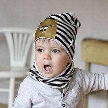 Detské čiapky - Čiapka s nákrčníkom čierna pruhovaná (potlač Zlatý macko) - 6784953_