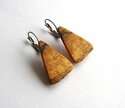 Náušnice - Špaltované hrabové trojuholníčky fr. 2 - 6784402_