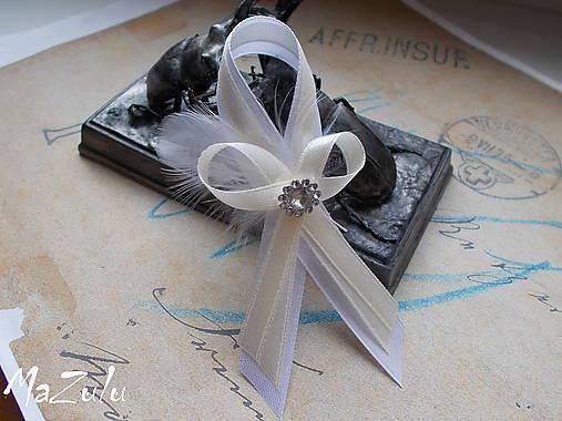 svadobné pierka s perím