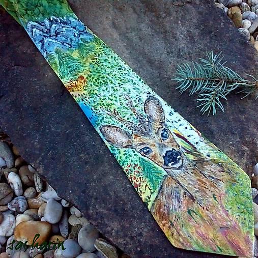 Lesný pôžitok- hodvábna kravata so srncom