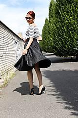 - Luxusná čierna kruhová sukňa - 6795715_