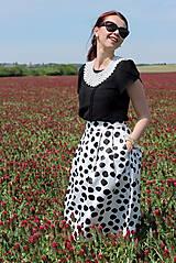 Sukne - Čierno-biela sukňa s guľkami - 6795748_