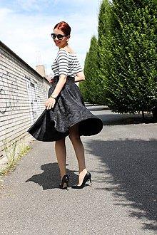 Sukne - Luxusná čierna kruhová sukňa - 6795715_
