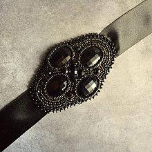 Opasky - Eerie black - vyšívaný pásek - 6797939_