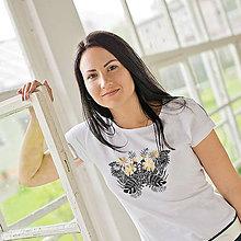 Tričká - Dámske tričko Motýľ (potlač) - 6798485_