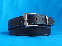 Kožený opasek černý s modrým prošitím