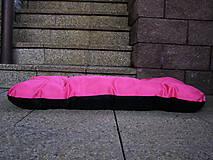 Pre zvieratká - Pelech pre psa z vodeodolnej látky, ružovo-čierny, 70 x 100 cm - 6802466_