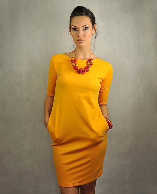 Jednoduché šaty s vreckami - Slniečkové