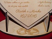 Darčeky pre svadobčanov - Poďakovanie rodičom - lipové srdiečko + stojanček 6 - 6801586_