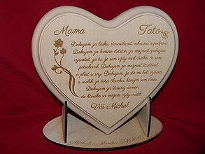 Darčeky pre svadobčanov - Poďakovanie rodičom  lipové srdiečko + stojanček 7 - 6801635_