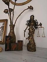 Socha - Justícia, alebo Bohyňa spravodlivosti? - 6809916_