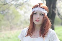 Ozdoby do vlasov - Biela čelenka čipkovaná na svadbu - 6810811_