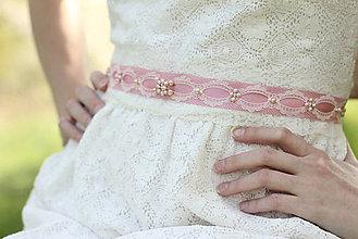 Opasky - Svadobný opasok s vintage čipkou - ružový - 6810700_