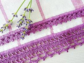 Úžitkový textil - Utierka s háčkovaným okrajom, bielo-fialová - 6812726_