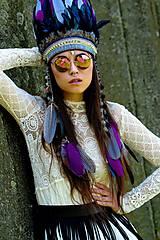 Ozdoby do vlasov - Vyšívaná boho čelenka s bambulkami a prírodninami - 6816210_