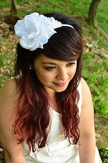 Ozdoby do vlasov - SUPER CENA! Svadobná čelenka White Rose - 6816681_