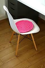 - ...podsedák na stoličku v ružovej - 6820111_