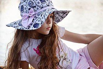 Detské čiapky - Letný klobúk modrotlač - 6826360_