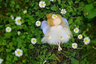Dekorácie - Anjelinka kvetinka - 6827324_